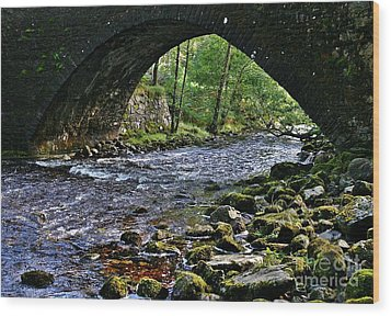 Scotland Bridge Wood Print by Henry Kowalski