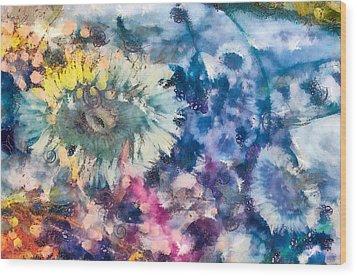 Sea Anemone Garden Wood Print by Priya Ghose