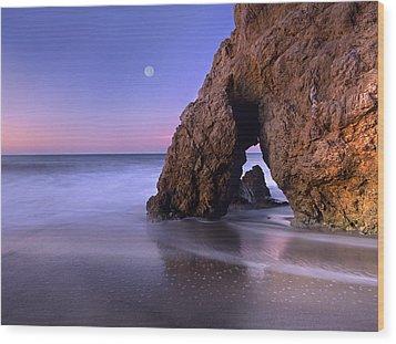 Sea Arch And Full Moon Over El Matador Wood Print by Tim Fitzharris
