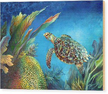 Sea Escape Iv - Hawksbill Turtle Flying Free Wood Print by Nancy Tilles