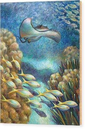Sea Food Chain - Stingray Wood Print by Nancy Tilles