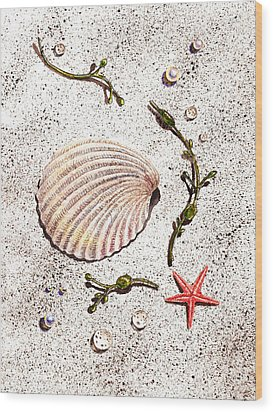 Seashell Sea Star And Pearls On The Beach Wood Print by Irina Sztukowski