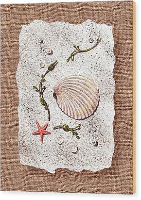 Seashell With Pearls Sea Star And Seaweed  Wood Print by Irina Sztukowski