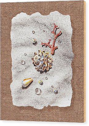 Seashells Coral Pearls And Water  Drops Wood Print by Irina Sztukowski