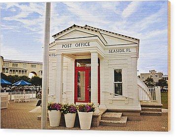 Seaside Post Office Wood Print by Scott Pellegrin