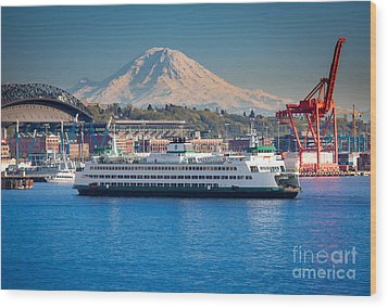 Seattle Harbor Wood Print by Inge Johnsson