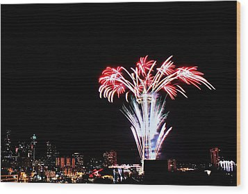Seattle New Years Wood Print by Benjamin Yeager