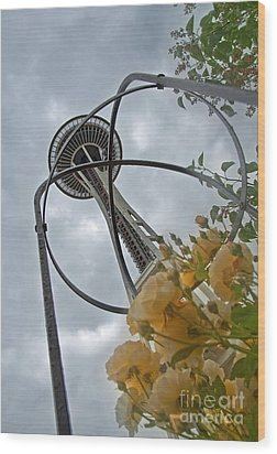 Seattle Spaceneedle With Watercolor Effect Yellow Roses Wood Print by Valerie Garner