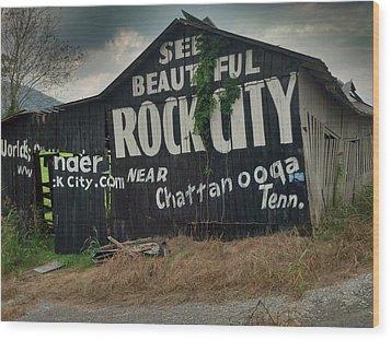 See Rock City Barn Wood Print by Janice Spivey