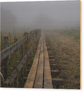 September Mist Hdr - Foggy Day Over Walk Way Wood Print