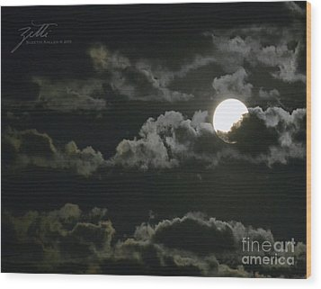 Wood Print featuring the photograph September Moon by Suzette Kallen