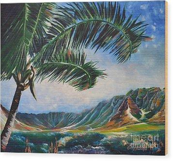 Serene Beauty Of Makua Valley Wood Print by Larry Geyrozaga