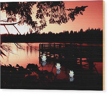 Serene Scene At Lake Ballinger Wood Print