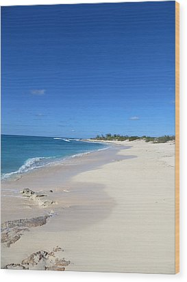 Serenity On Grand Turk Wood Print by Jean Marie Maggi