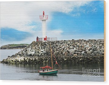Setting Out Howth Ireland Wood Print by Jo Collins