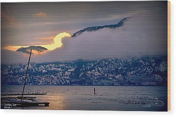 Wood Print featuring the photograph Setting Sun by Guy Hoffman