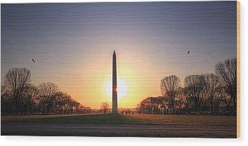 Setting Sun On Washington Monument Wood Print