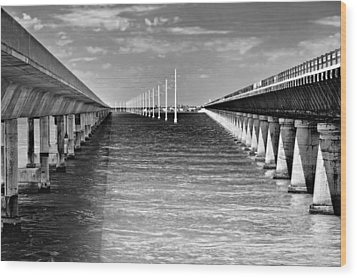 seven mile bridge BW Wood Print by Rudy Umans