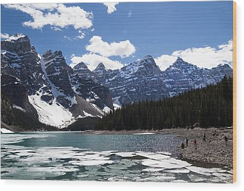 Seven Sisters At Moraine Lake Wood Print by Angela Boyko