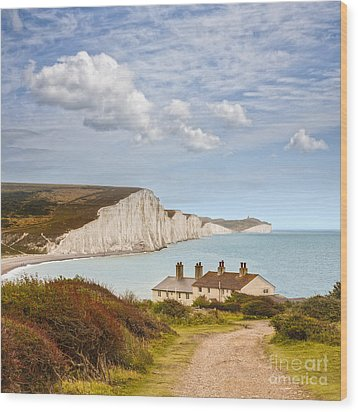 Seven Sisters Cuckmere Haven South Downs Sussex Wood Print by Colin and Linda McKie