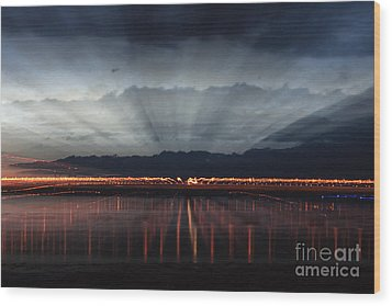 Severn Bridge Wood Print by Brian Roscorla