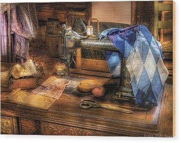 Sewing Machine  - Sewing Machine IIi Wood Print by Mike Savad