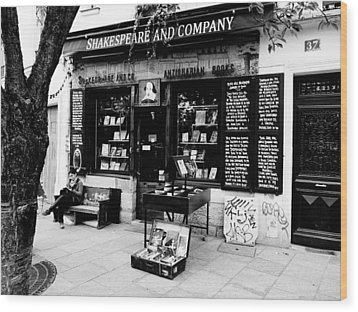 Shakespeare And Company Boookstore In Paris France Wood Print by Richard Rosenshein
