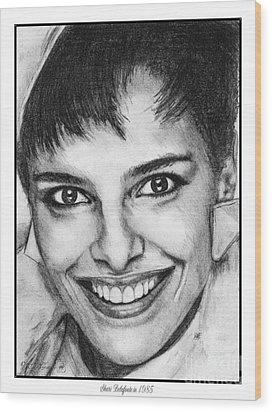 Shari Belafonte In 1985 Wood Print by J McCombie