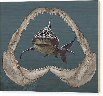 Wood Print featuring the digital art Shark by Angel Jesus De la Fuente