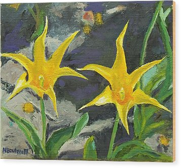 Sharp Yellow Pointers Wood Print