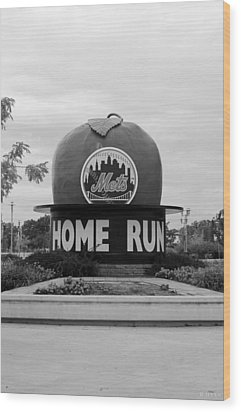 Shea Stadium Home Run Apple In Black And White Wood Print by Rob Hans