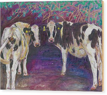Sheltering Cows Wood Print by Helen White