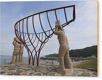 Ship Builders Sculpture Port Jefferson New York Wood Print