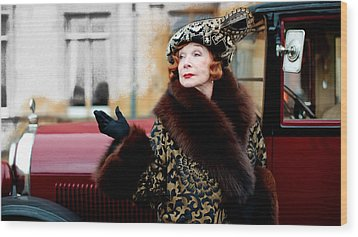 Shirley Maclaine @ Tv Serie Downton Abbey  Wood Print