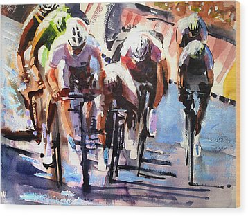 Short Sharp Sprint Wood Print by Shirley  Peters