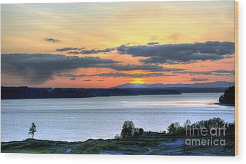 Wood Print featuring the photograph Showers Over Mcneil Island - Chambers Bay Golf Course by Chris Anderson