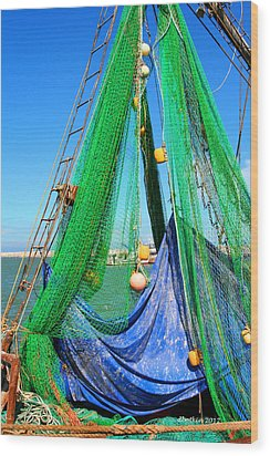 Shrimp Season Wood Print