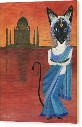 Siamese Queen Of India Wood Print by Jamie Frier