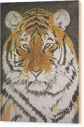 Siberian Tiger Wood Print by Regan J Smith