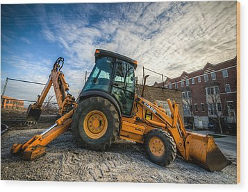 Side View Of A Backhoe At Sunset Wood Print
