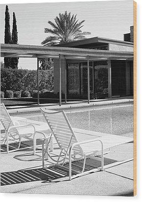 Sinatra Pool Bw Palm Springs Wood Print