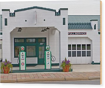 Sinclair Gas Station Wood Print