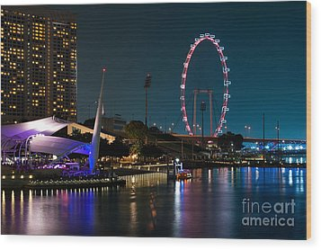 Singapore Flyer At Night Wood Print by Rick Piper Photography