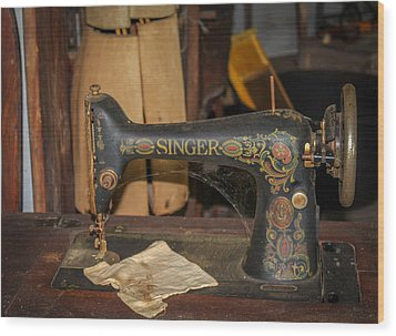 Wood Print featuring the photograph Singer Sewing Machine  by Trace Kittrell