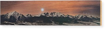 Sirius Diffusion Over The Gore Range Wood Print by Mike Berenson