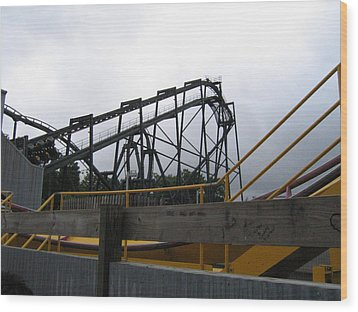 Six Flags Great Adventure - Nitro Roller Coaster - 12122 Wood Print by DC Photographer