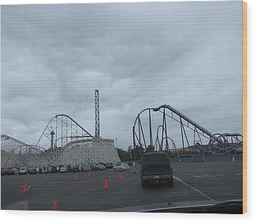Six Flags Magic Mountain - 12121 Wood Print by DC Photographer