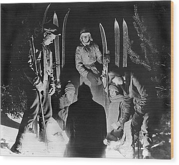 Skiing Party Camps In Siberia Wood Print by Underwood Archives