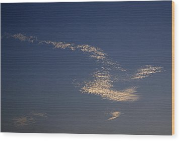 Skc 0353 Cloud In Flight Wood Print by Sunil Kapadia