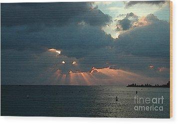 Sky Dragon - Florida Keys Wood Print